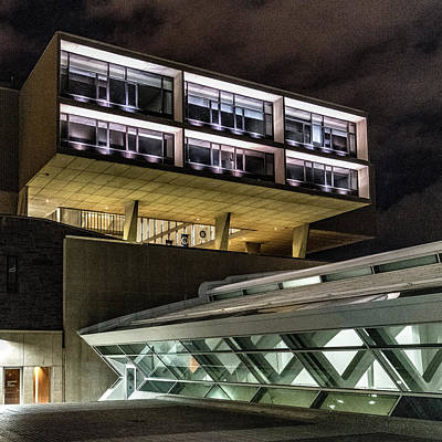 Photograph - Modern Architecture by Randy Scherkenbach