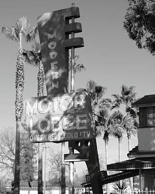 Lodi Photograph - Modern Motor Lodge Lodi Ca by Troy Montemayor