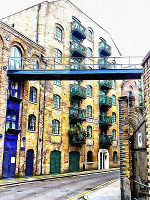 Photograph - Modern Shad Thames by Dorothy Berry-Lound