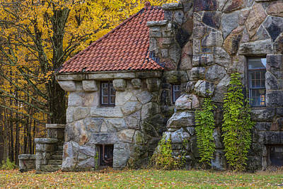 Photograph - Mohonk Gatehouse by Susan Candelario