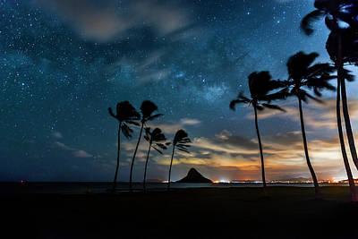 Windy Photograph - Hawaiian Stardust by Sean Davey