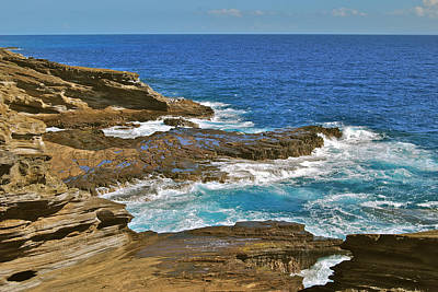 Deep Blue Photograph - Molokai Lookout 0649 by Michael Peychich