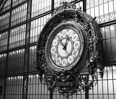 Photograph - Moment A Orsay by Mary-Lee Sanders