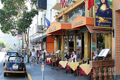 Photograph - Mona Lisa Restaurant Outdoor Dining North Beach San Francisco California 7d7451 by San Francisco Art and Photography
