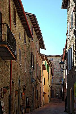 Photograph - Monday Morning In Paciano by Dorothy Berry-Lound