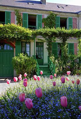 Photograph - Monet House by Gordon Beck