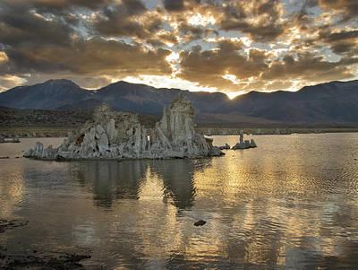 Mono Lake Sunset 3 Art Print by Bob Neiman