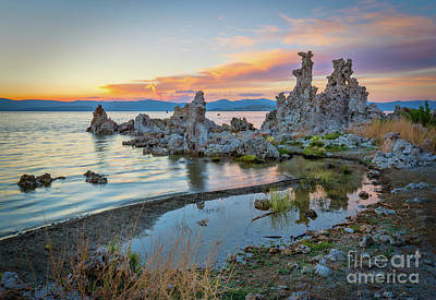 Photograph - Mono Lake Sunset by Mimi Ditchie