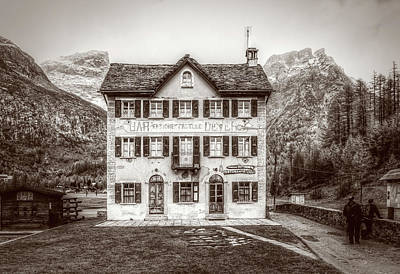 Photograph - Monochrome View Of Pensione Fattorini by Roberto Pagani