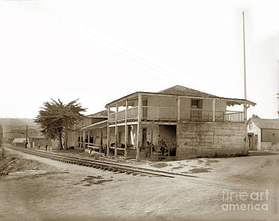 Photograph - Monterey's Old Custom House, Built In 1827, by California Views Mr Pat Hathaway Archives