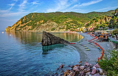 Photograph - Monterosso Beach And Harbor by Carolyn Derstine