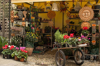 Photograph - Monterosso Outdoor Shop by Prints of Italy