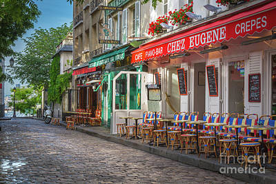 Streetlight Photograph - Montmartre Cafe by Inge Johnsson