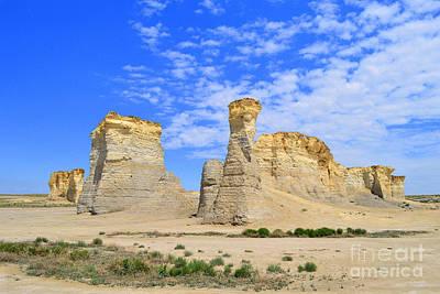 Monument Rocks In Kansas 2 Art Print