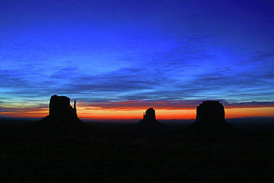 Photograph - Monument Valley 17 - West Mitten , East Mitten, And Merrick Butte Sunrise by Allen Beatty