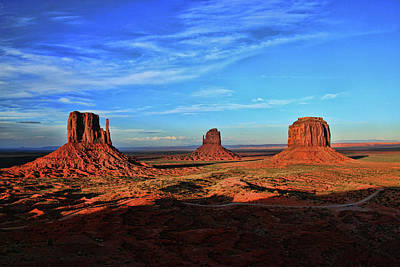 Photograph - Monument Valley 20 - West Mitten , East Mitten, And Merrick Butte Sunset by Allen Beatty