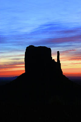Photograph - Monument Valley 28 - West Mitten Sunrise by Allen Beatty
