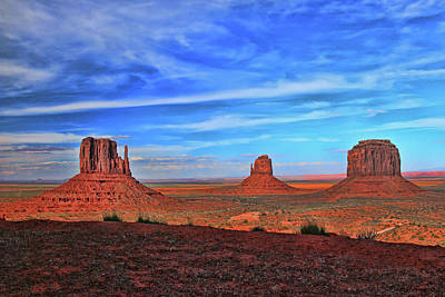 Photograph - Monument Valley 8 - West And East Mittens And Merrick Butte by Allen Beatty