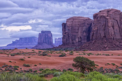 Photograph - Monument Valley Early Morning Dsc03306 by Greg Kluempers