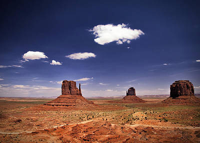 Photograph - Monument Valley by James Bethanis
