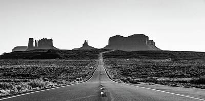 Photograph - Monument Valley by Rand