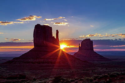 Photograph - Monument Valley Sunrise by Teri Virbickis