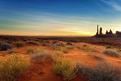Photograph - Monument Valley Totem Pole by Andrew Soundarajan