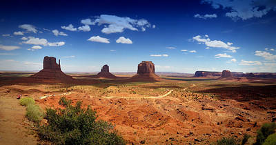Photograph - Monument Valley Utah by James Bethanis