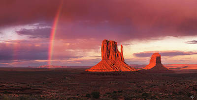 Monuments Bow Art Print by Peter Coskun