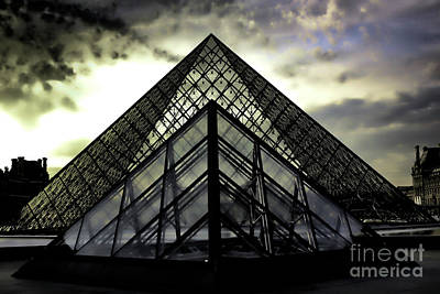 Photograph - Moods The Louvre by Chuck Kuhn