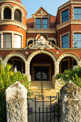 Photograph - Moody Mansion Main Entrance by Tikvah's Hope