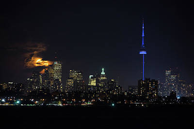 Photograph - Moody Supermoon Over Toronto by Georgia Mizuleva