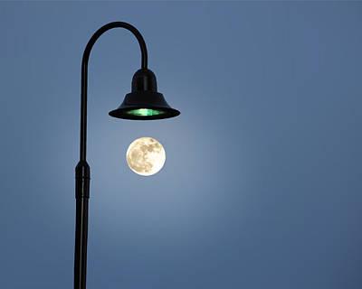 Moon Lighting Art Print by Tom McCarthy