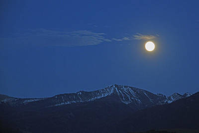 Photograph - Moon Over Moutain Top by Alan Lenk