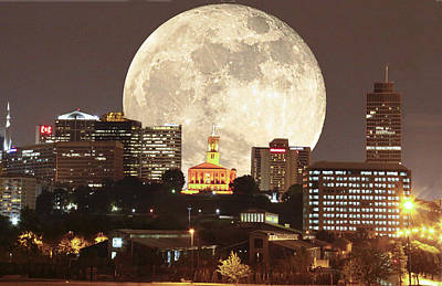 Moon Over Music City Original by Linda A Waterhouse