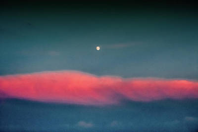 Photograph - Moon Over Red Cloud by Holger Debek