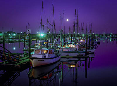 Photograph - Moon Over Winchester Bay by Robert Potts