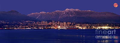 Photograph - Moon Rise Over North Vancouver - British Columbia by Terry Elniski