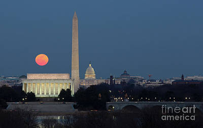 Photograph - Moon Rise Over The District Of Columbia by Art Cole