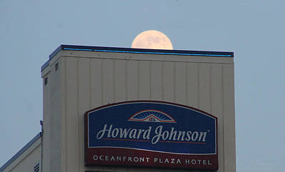 Photograph - Moon Rising Over Howard Johnson by Robert Banach