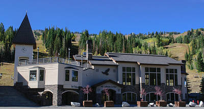 Photograph - Moonbeam Lodge At Solitude Ski Resort by Tikvah's Hope