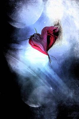 Digital Art - Moonlight Love by Linda Sannuti