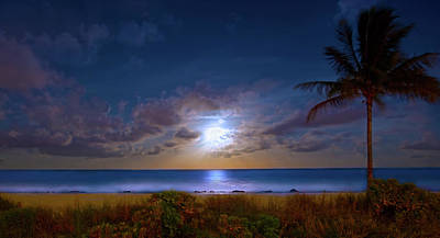 Photograph - Moonlight Waves by Mark Andrew Thomas