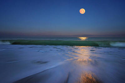 Photograph - Moonlit Wave by Justin Kelefas
