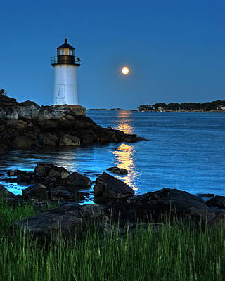 Photograph - Moonrise Over Fort Pickering Lighthouse Salem Ma by Toby McGuire