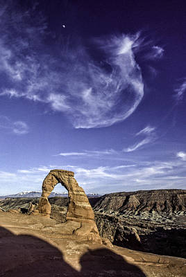 Photograph - Moonset Delicate Arch by Gary Shepard