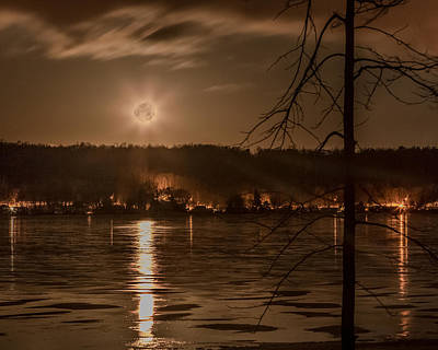 Photograph - Moonset On Conesus by Richard Engelbrecht