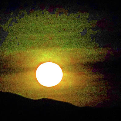 Photograph - Moonstruck 16 by Ron Kandt