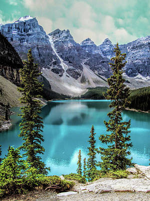 Moraine Lake Art Print by Lynn Bolt