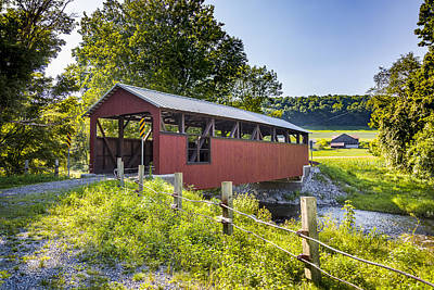 Photograph - Moreland Covered Bridge by Jack R Perry